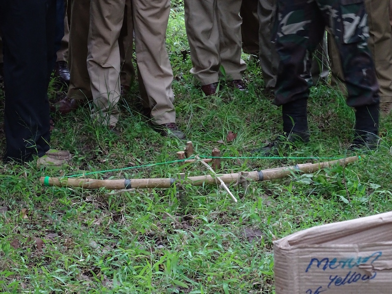 Indian law enforcement officers learn how to identify a traditional snare used by poachers at a training in August. Seven or eight such trainings now take place across the country each year. Photo courtesy of TRAFFIC India.