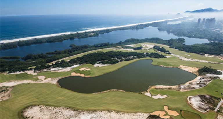 Environmentalists and officials continue to argue whether the sand bank habitat edging the Olympic golf course was harmed or improved by the development. Photo courtesy of Divulgação / Prefeitura do Rio
