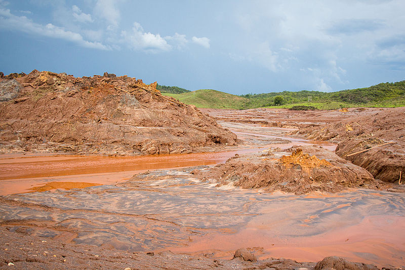 Toxic mud contaminated the Doce river along its entire 530-mile length. Photo by Romerito Pontes licensed under the Creative Commons Attribution 2.0 Generic license