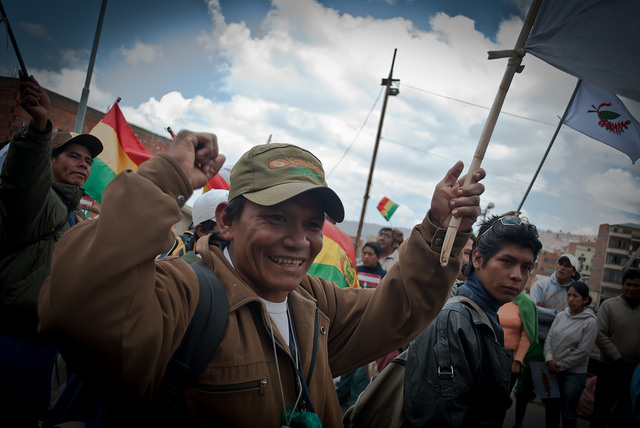 Protesters against the TIPNIS Highway arrive in La Paz after marching 375 miles from the Bolivian lowland city of Trinidad. Photo by Candelaria Herrera Vasquez under a Creative Commons CC BY-NC-ND 2.0 license